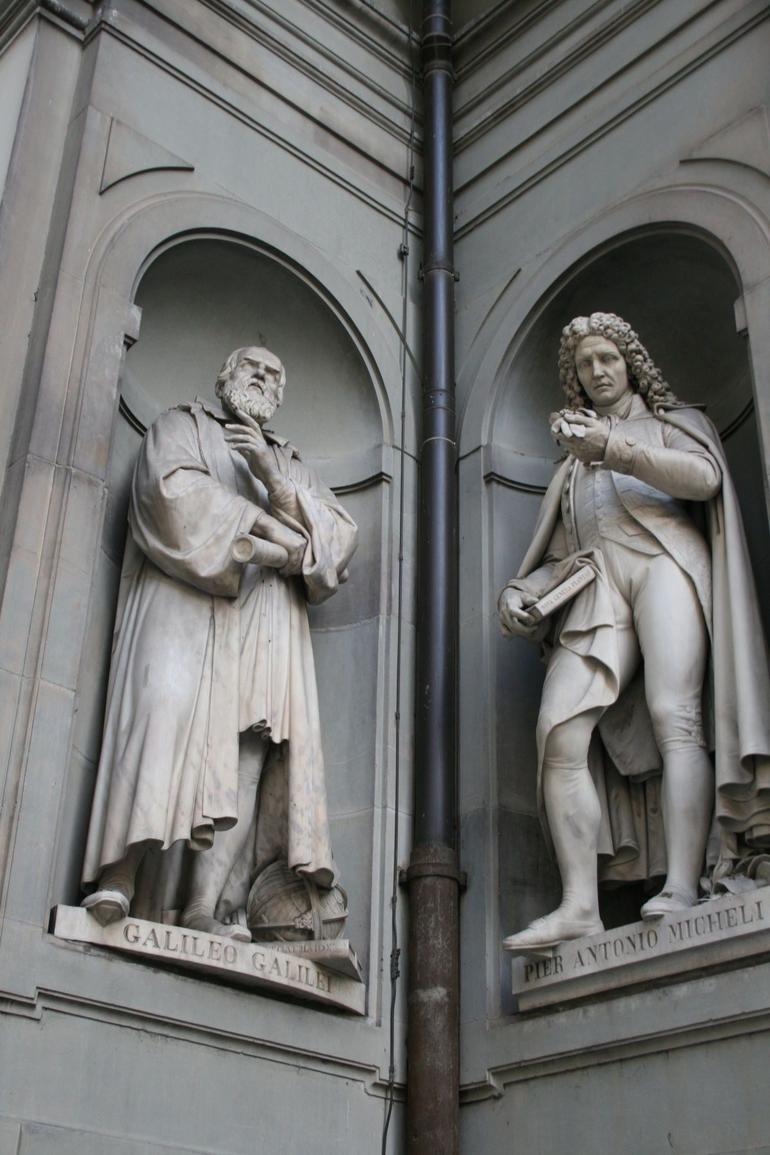 Approaching the Uffizi - Florence