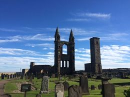 St Andrews Cathedral and graveyard, Tyler - October 2015