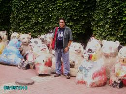 These statues are made by kids in workshops at the Zoo. - August 2010