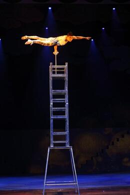 Ladder balancing, Bing - May 2012