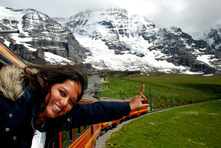 Jungfraujoch top of europe day trip from zurich with for Best train vacations in the world