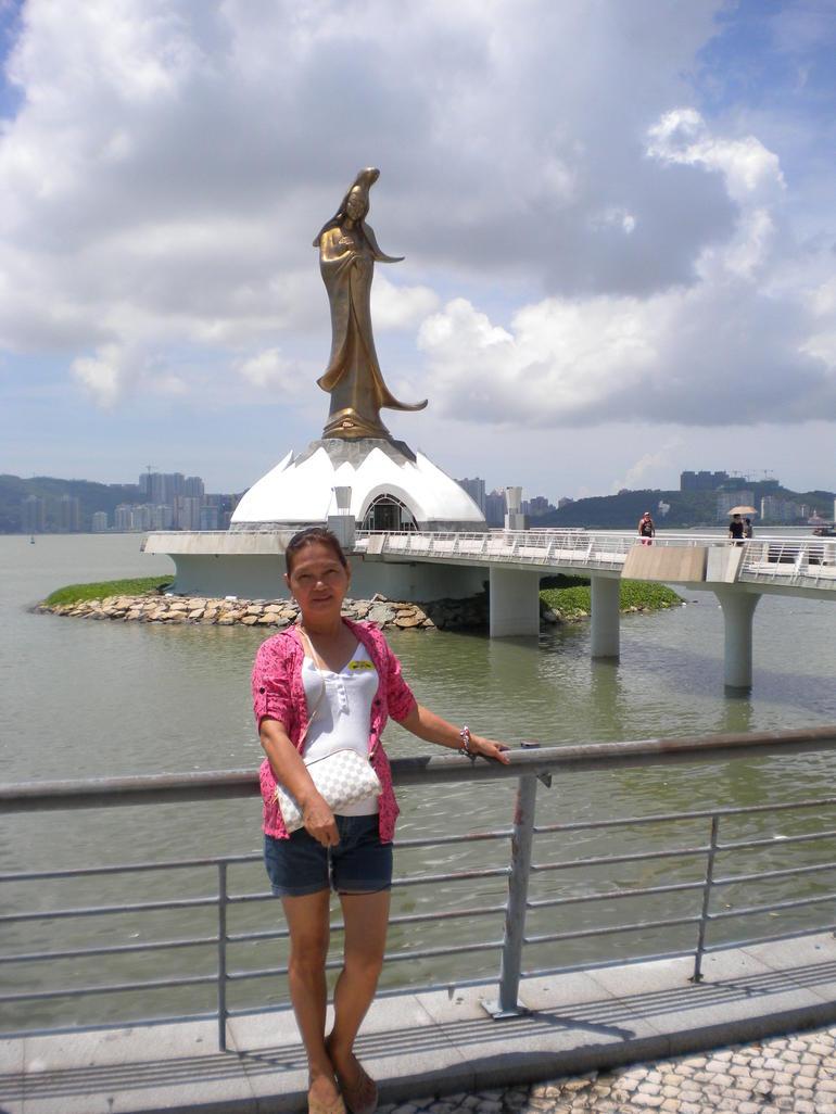Kun Iam Statue - Hong Kong