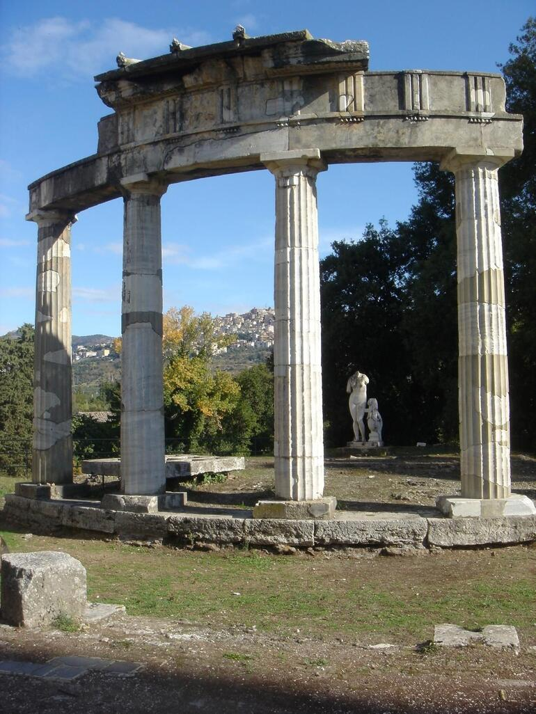 Temple - Rome