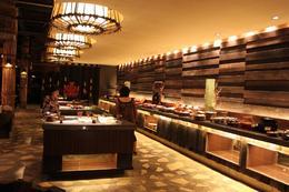 Fantastic and varied dinner buffet., Lisa M - June 2010