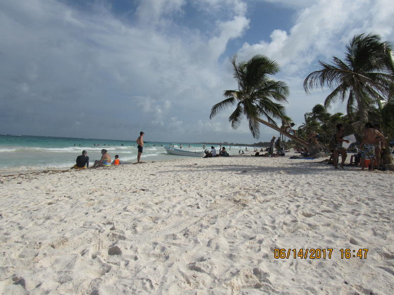 Coba Ruins, Cho Ha Cenote, Tulum and Paradise Beach Day Trip with Lunch Included
