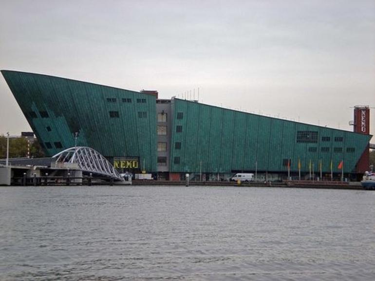 Amsterdam Canals3 - Amsterdam