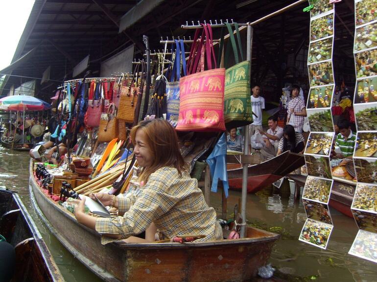 souvenir seller - Bangkok
