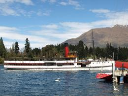 The Earnslaw about to dock after its journey back to Queenstown., Suzanne - October 2009