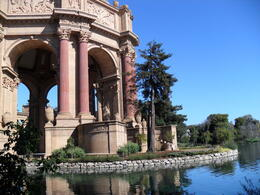 Palace of Fine Arts - the only surviving building fron the 1915 Panama Pacific Exposition , Donnie - October 2011