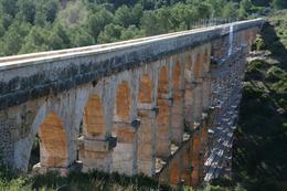Roman aqueduct near Tarragona, George R - October 2010