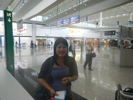 arrivel at hongkong airport , Claus H - February 2013