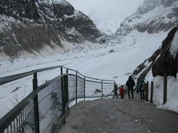 This is during the walk down to the Mer de Glace entrance. , mdm - April 2013