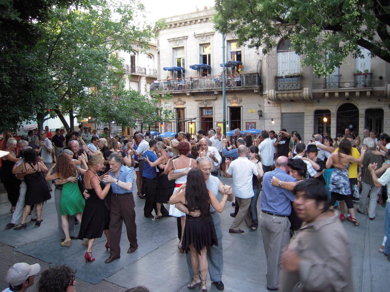 San Telmo Plaza Dorrego - Buenos Aires