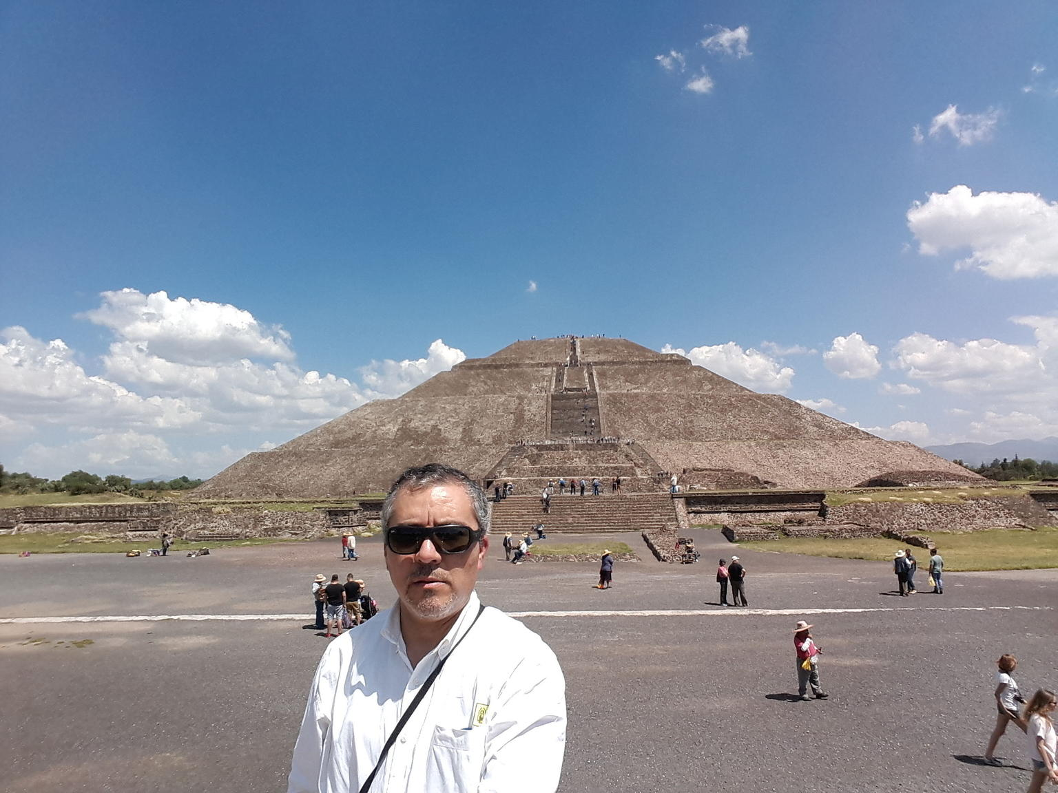 MAIS FOTOS, Teotihuacan, Tlatelolco, Guadalupe Shrine and Tequila Tasting Tour
