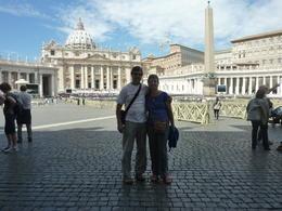 con mi esposa luego de asistir a la audiencia papal con viatur , rulo04 - September 2014