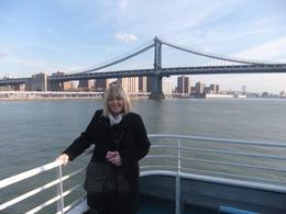 Brooklyn Bridge , Avril R - December 2011