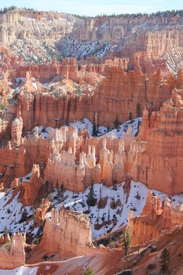 Don't pass up the minimal crowds, the moderate yet pleasant temperatures, blue sky and contrast of snow in a March visit to Bryce. , Peggy L - April 2013