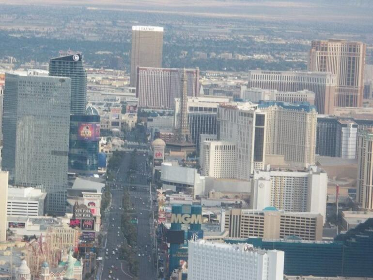 Flying over the Las Vegas Strip - Las Vegas