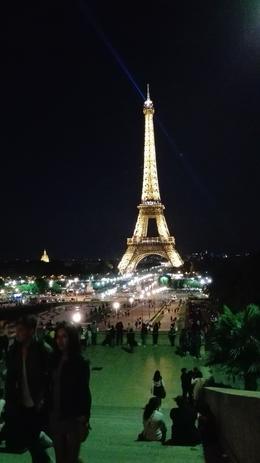Wir stehen auf dem Platz des Trocadero in Blickrichtung zum Eiffelturm. , Detlef S - August 2017
