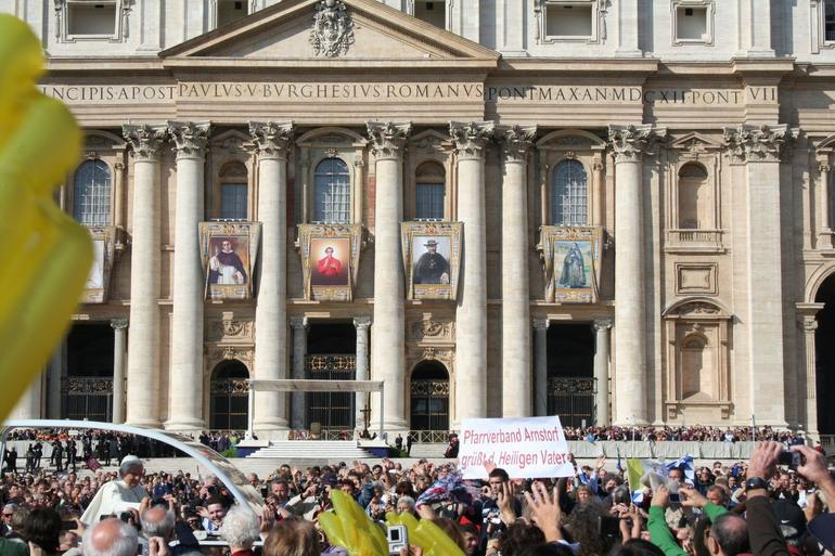 The Pope Mobile - Rome