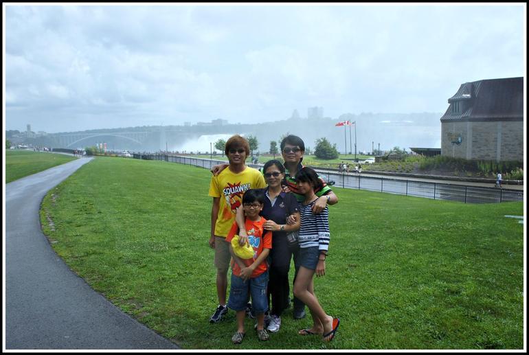 Family Photo 1 - Niagara Falls & Around
