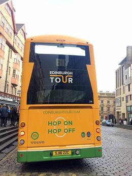 Hop-On Hop-Off , raci88 - November 2016