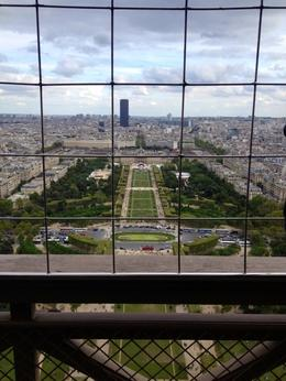 looking out at Paris , Roshy - January 2018