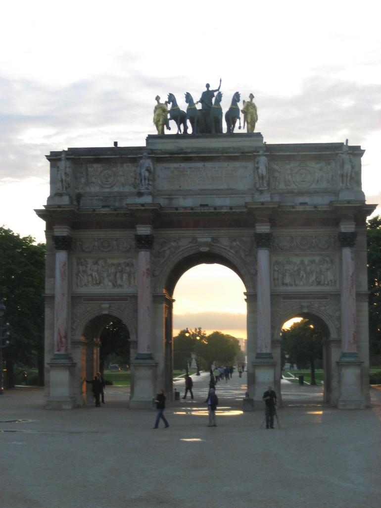 Arch de Triomphe Carousel - Paris