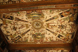 Ceiling inside one of the rooms at Uffizi Gallery , avismccoy - March 2015
