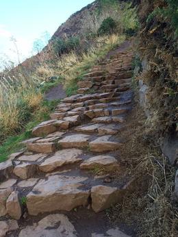 Climb up to Arthur's Seat , raci88 - November 2016