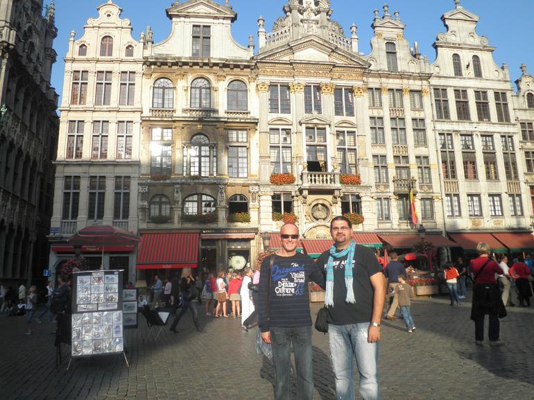 BRUSELLES - Amsterdam