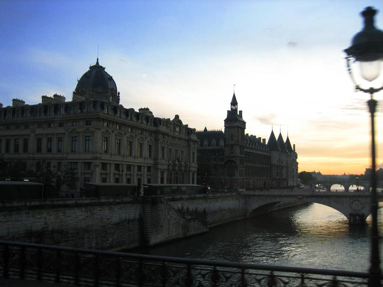 Paris Illuminations Tour - Paris