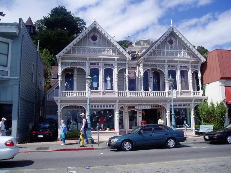 Beautiful early Sausalito building - San Francisco