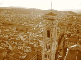 Florence Cathedral, after our visit to the Uffizi. - December 2008