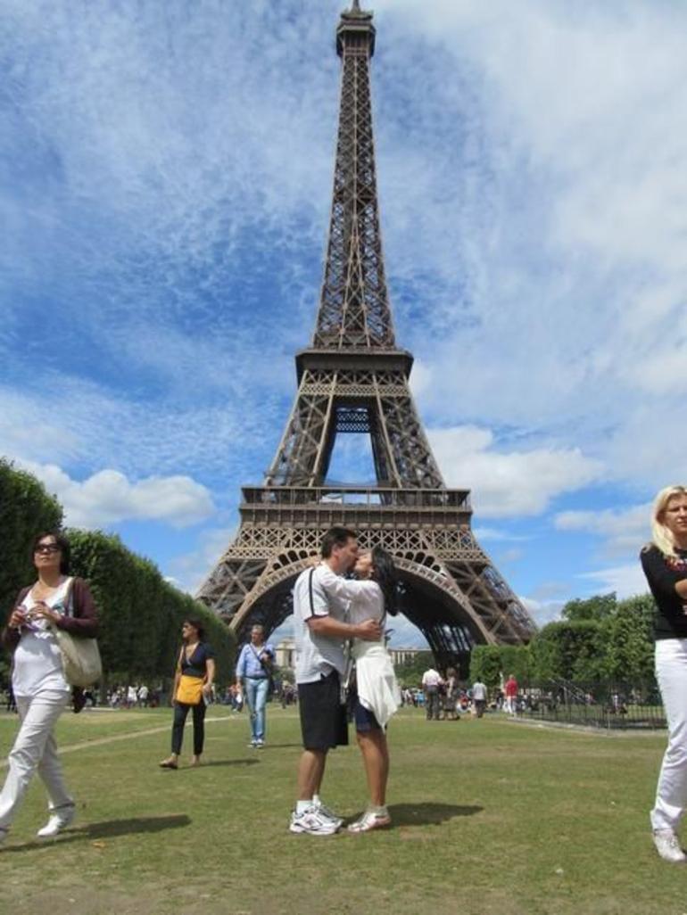 Love at Eiffel tower - Paris