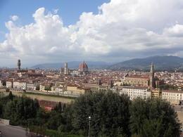 Rio Arno, Palazzo Vecchio, Santa Maria del Fiore, Santa Croce. Lindo demais!!! , Christiane M - October 2014