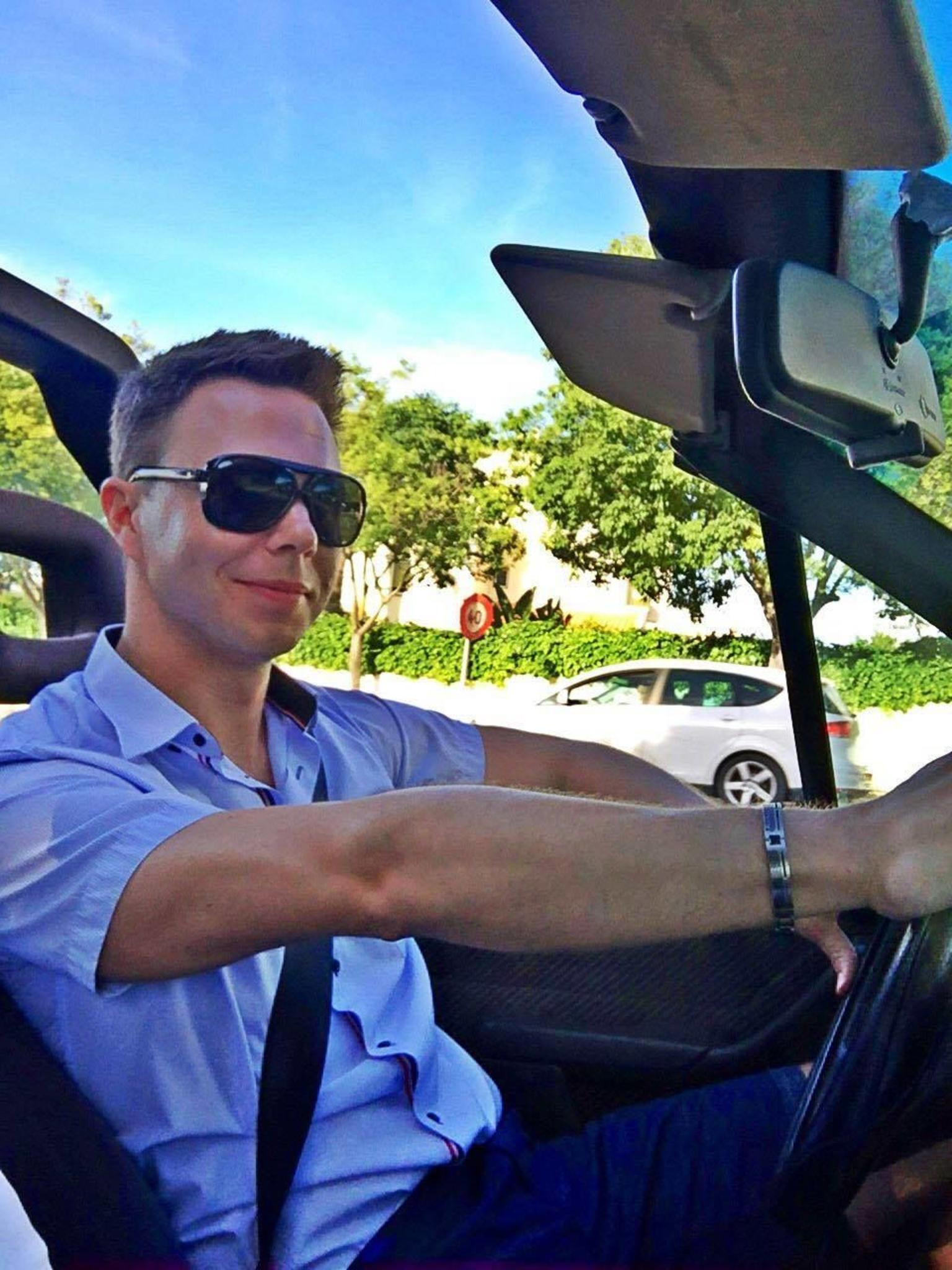 MORE PHOTOS, Full-Day Algarve Tour by Convertible Cabrio from Portimão