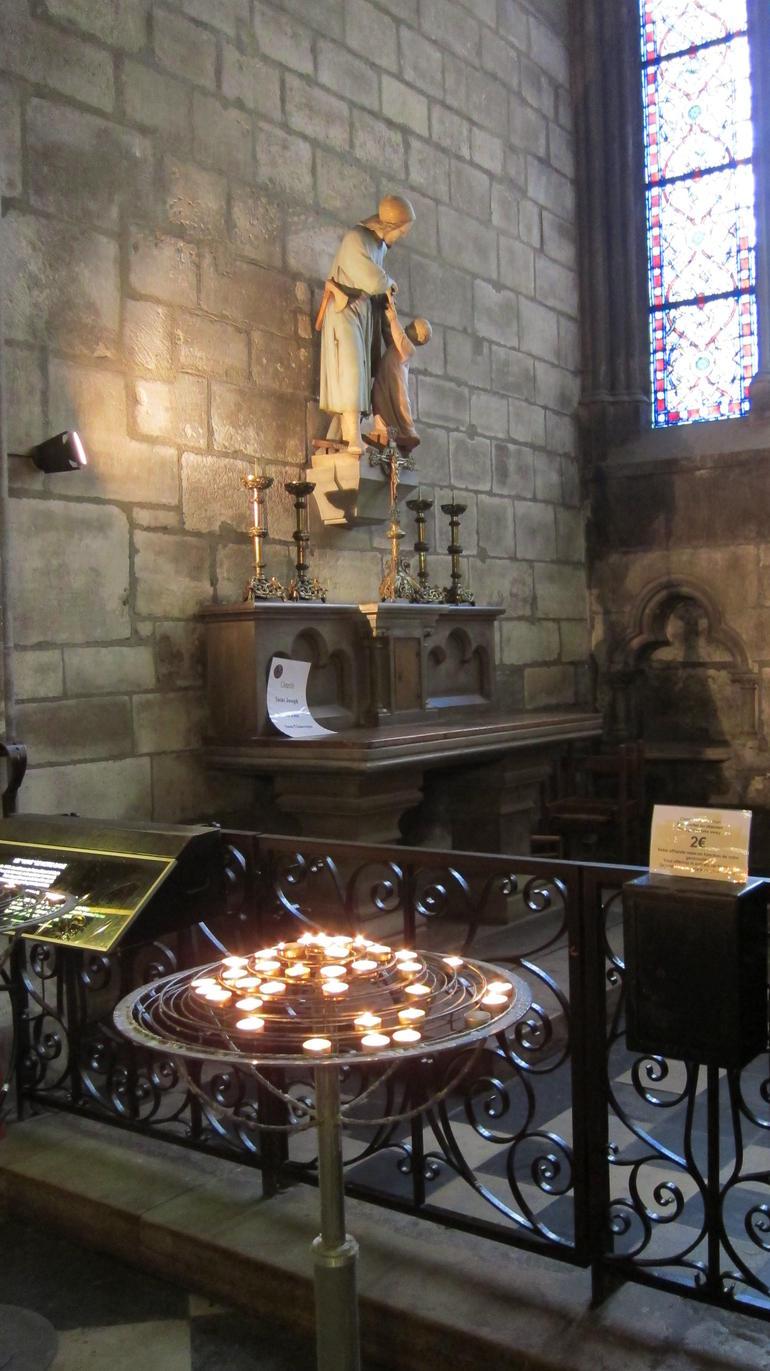 Notre Dame_interior - Paris