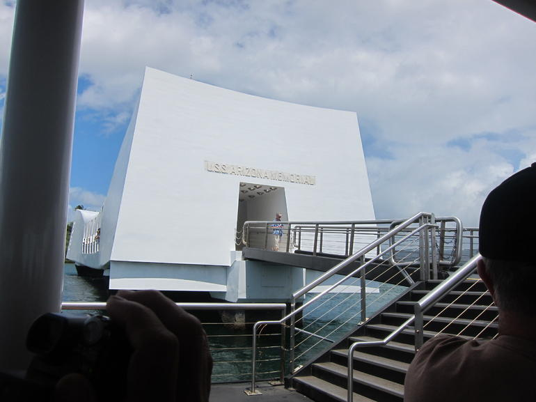 USS Arizona Memorial - Oahu