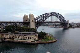 WE also climbed the Sydney Harbor bridge. , JULES - January 2018