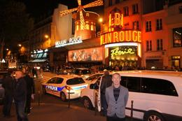 Outside the Moulin Rouge , Darryl H - June 2012