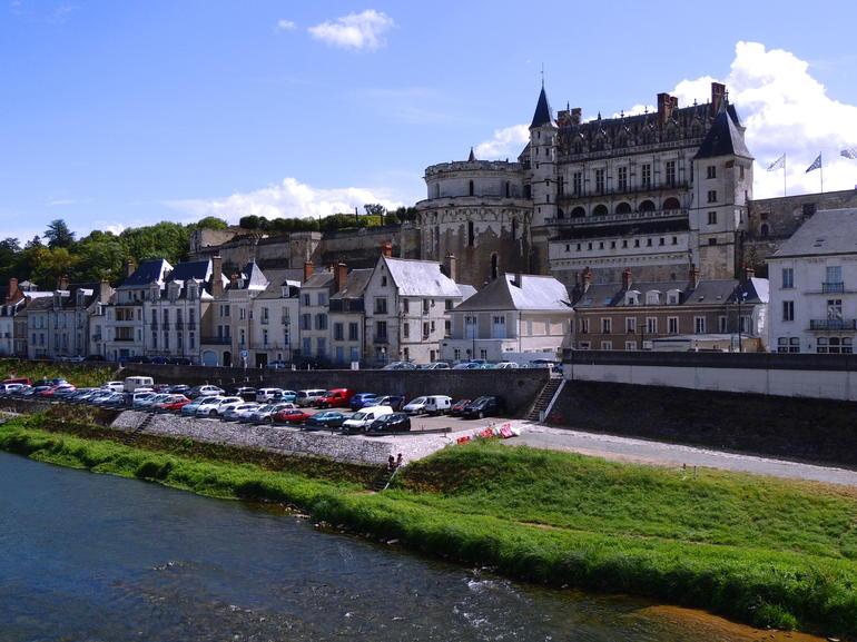 Amboise - Paris