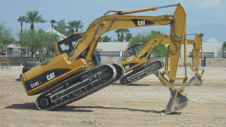 Dancing Excavators! - Las Vegas
