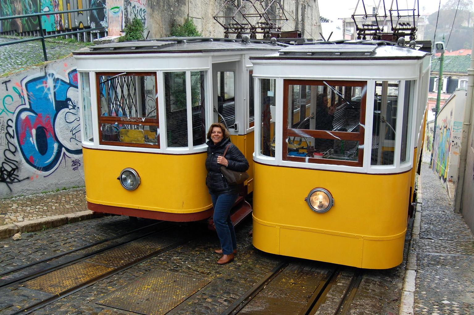 MÁS FOTOS, Excursión en autobús con paradas libres por la ciudad de Lisboa: billete de 48 horas