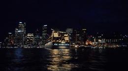 retour en bateau avec une arrivée magique dans le,port de Sydney , inoubliable !!!!! , ANNE J - July 2014