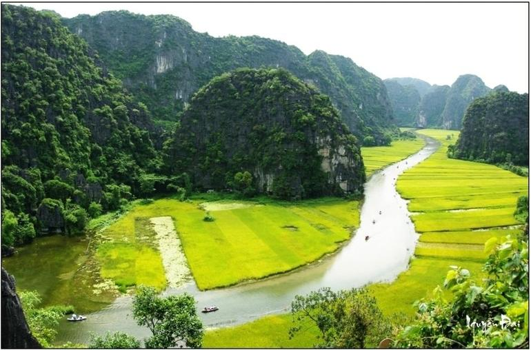 Hoa Lu Tam Coc Full-Day DELUXE Tour Including BUFFET LUNCH & River Boat Ride photo 47