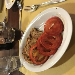 Italian meatloaf with fresh tomatos , Hannah N - August 2017