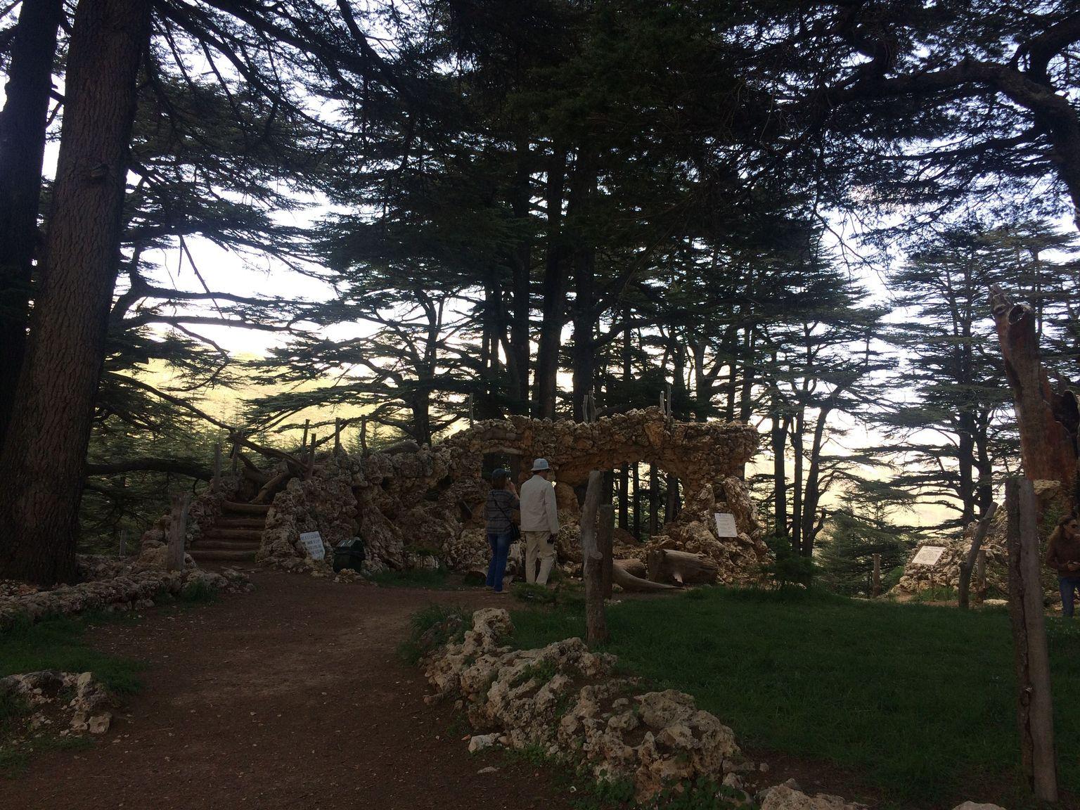 MAIS FOTOS, Cedros do Líbano, Qozhaya e Bcharre saindo de Beirute