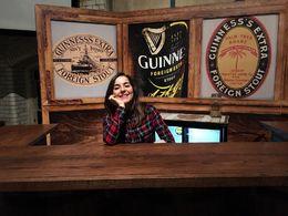 Como una camarera en un pub irlandés. , María d - February 2016
