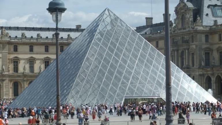 Louvre Museum in Paris onboard the Paris hop on hop off tour - Paris